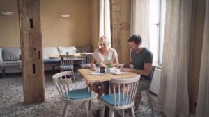 Imagefilm Bad Essen Tourismus Café alte Apotheke