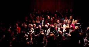 Still aus Blickfänger Porträtfilm Probebühne Osnabrück e.V. Zuschauersaal